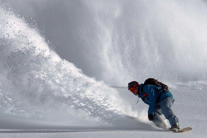 Chaque année, vous attendez ce moment avec impatience : parcourir les pistes de ski dans un décor de rêve, entre montagne enneigées, ciel bleu et air pur dans les poumons. Il vous est aussi certainement déjà arrivés de voir les vacances tourner au cauchemar suite à une mauvaise chute, ou si ce n'est vous, vous […]