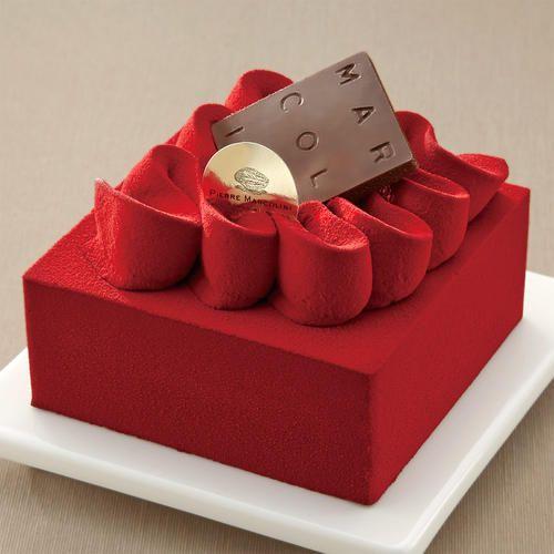 真紅のキューブの中に緻密に組み立てられたビターチョコレートとフランボワーズの味と香りが調和。オリジナルクーベルチュールのアロマを際立たせています。