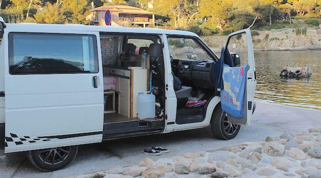 98 besten vw camper ideen bilder auf pinterest im wohnmobil campingbus ausbau und vw bus ausbau. Black Bedroom Furniture Sets. Home Design Ideas