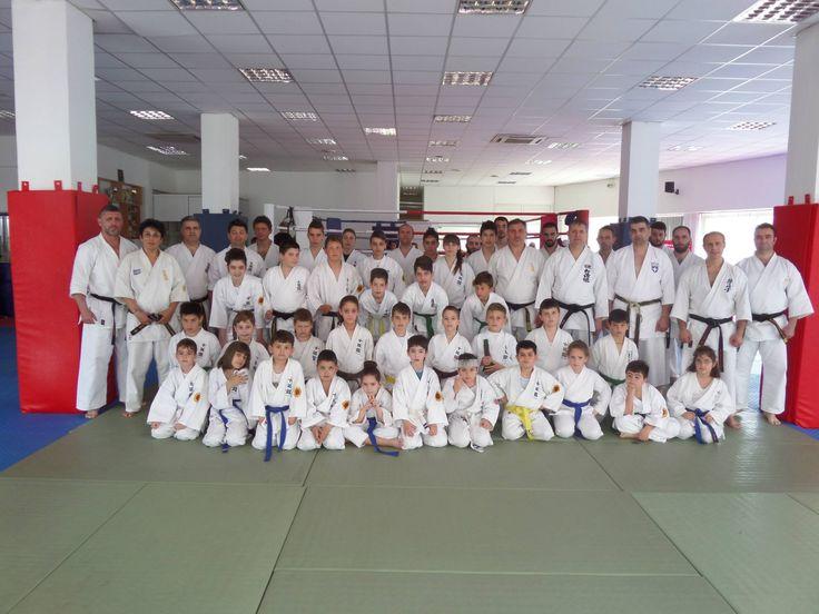 Την Κυριακή 19/04/2015  στις εγκαταστάσεις του Α.Σ. Βόλου Πήγασος πραγματοποιήθηκε σεμινάριο sport karate  και knock down με εισηγητές τον Πρόεδρο Eεπιτροπής Διαιτησίας της ΕΛΟΚ Shihan Ζαρουχλιωτη Νικήτα(Shotokan),τον Πρόεδρο της τοπικής Επιτροπής καράτε  Κεντρικής Ελλάδος  shidoin Ευθυμιάδη   Χαράλαμπο(Goju Ryu),τον Τεχνικό υπεύθυνο για την κεντρική Ελλάδα shihan Στεφάνου Ιωάννη(Kyokushinkai) και τον shihan Κατσουρα Ληο(Shidokan) . http://shidokanhellas.gr/Public/Entry01.Asp?Code=000141