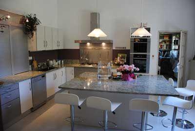 Cuisine des Chambres d'hôtes à vendre à Althen-des-Paluds en Vaucluse
