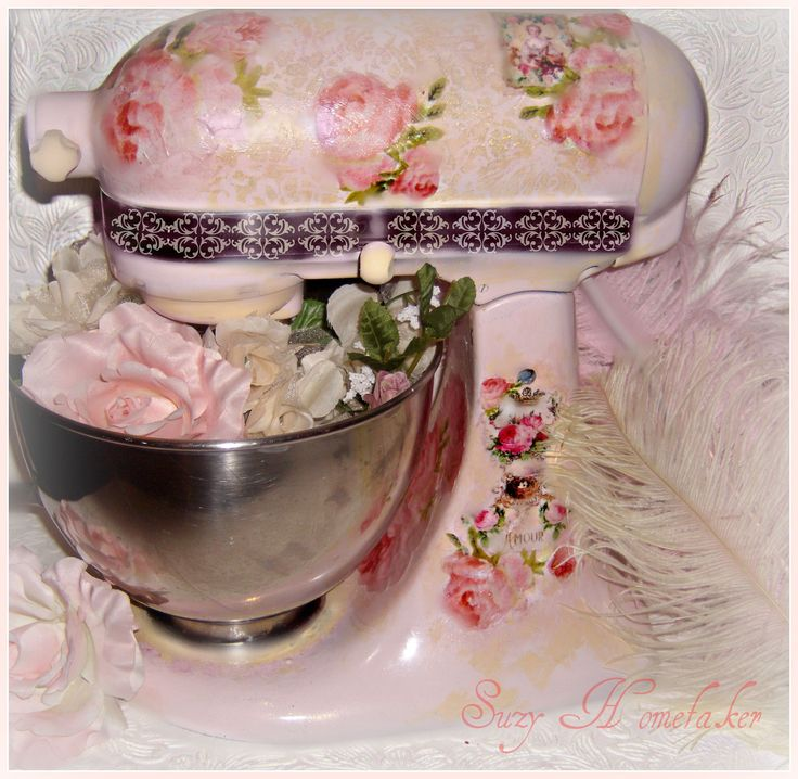 pink shabby chic Kitchen aid - CANNOT EVEN TELL YOU JUST HOW MUCH I LOVE THIS!!!!