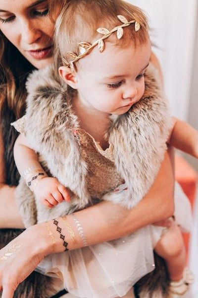Mom and Me - Festival Ready Flash Tattoos - Gold and Glamorous Ideas - Photos