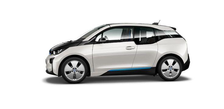 A combien revient environ l'achat d'une voiture électrique BMW i3. #VoitureElectrique #BMWi3 http://p-wearcompany.com/moteurs/actu/acheter-une-voiture-electrique/