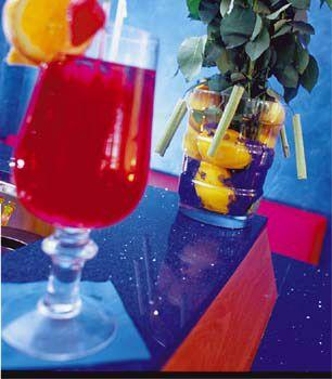 Bar e Cantina di vini d'atmosfera..... http://www.colorhotel.it/servizio-bar