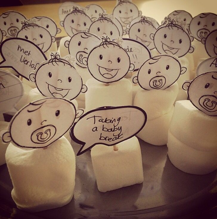 """Toen ik met verlof ging heb ik deze """"ingebakerde baby's"""" gemaakt met marshmallow"""