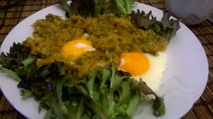 Eggs with vegetables pate