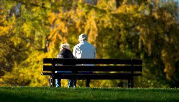 Болезни Альцгеймера подвержены люди с негативным восприятием старости | Head News