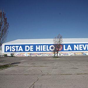 LONA PARKING PISTA DE HIELO (MAJADAHONDA)  #diseño #impresiongranformato #diseñodeinteriores #rotulación #publicidad