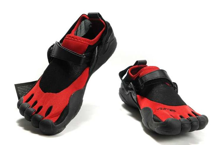 I am only posting this shoe for looks. Do not buy from this site - it is counterfeit. They will take your money and not send you shoes. It's a scam.  Go to Vibram FiveFingers US instead. Much love!