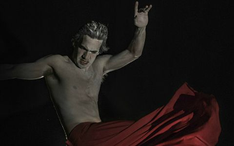 Lorenzon em ação como o bailarino russo Nijinsky