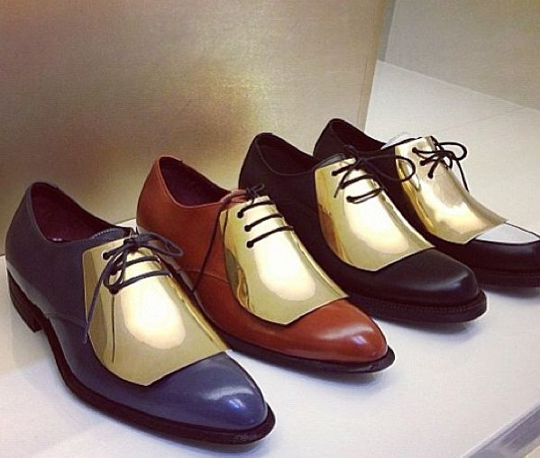 Lovin these fancy stylish shoes. These would be perfect for a classy soon to be groom!