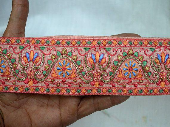 Bordado de costura de la tela del ajuste por la yarda al por mayor de Pasamanería decorativo indio recorta la cinta Sari