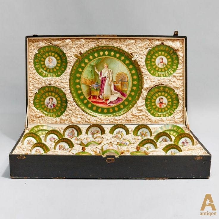 "Unique marching service ""Napoleon"" in a decorative box, which consists of 22 items, with portraits of the family of Napoleon Bonaparte: 12 coffee cups and saucers, 6 plates, 1 coffee pot, milk jug, sugar bowl with lid, a large dish. Objects have a signature and a sign factory ""Sevre""."