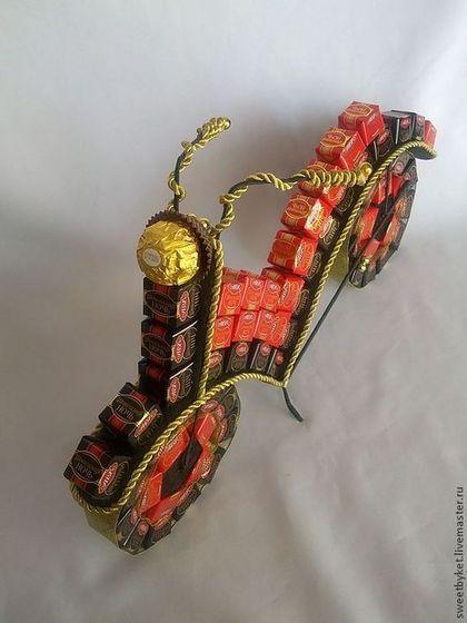"""Подарки для мужчин, ручной работы. Ярмарка Мастеров - ручная работа. Купить Букет из конфет """"Мотоцикл"""". Handmade. Подарок для мужчины, Аппликация"""