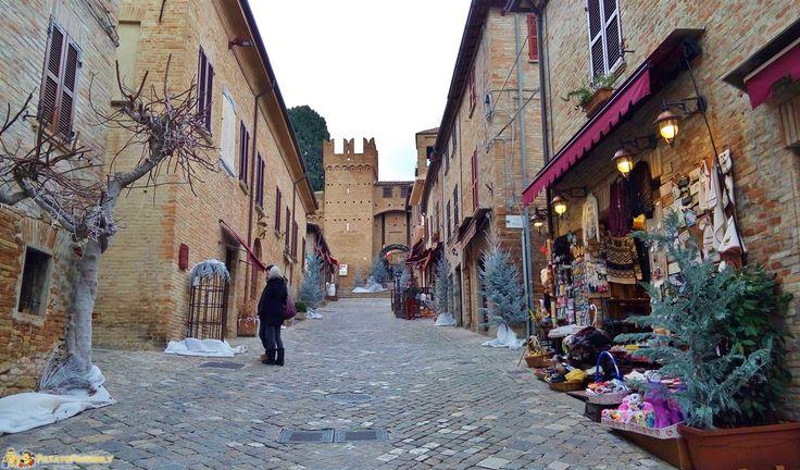 Gradara - Il centro della cittadina fortificata
