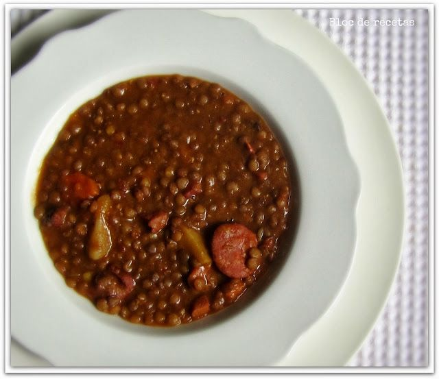 Bloc de recetas: Lentejas estofadas con chorizo y jamón en olla programable