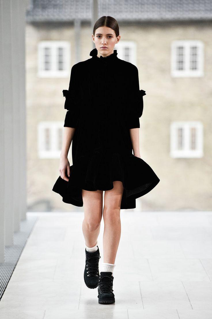 : Cecilie Bahnsen AW17 : Copenhagen Fashion Week