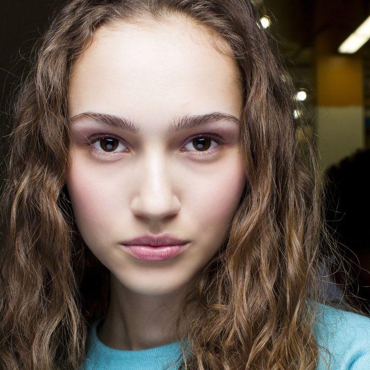 Épinglé sur Makeup peau noire