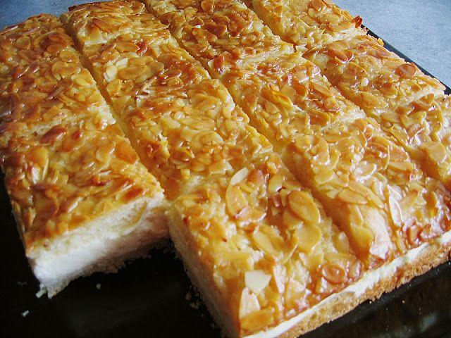 Beste Kuchen: Bienenstich mit Pudding Sahne Füllung