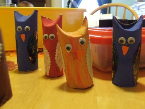 17 best images about halloween on pinterest pumpkins for Toilet paper roll crafts for adults
