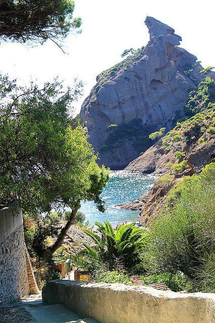 The Eagle's Beak rock over the Mediterranean in La Ciotat, France