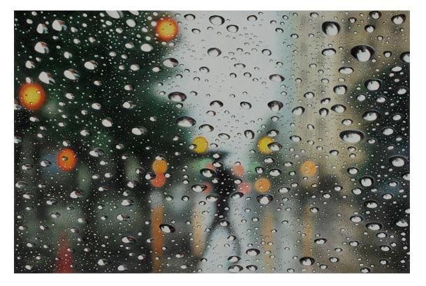 えっ、絵なの!? 色鉛筆で描かれた水や雨がテーマのアート | roomie(ルーミー)