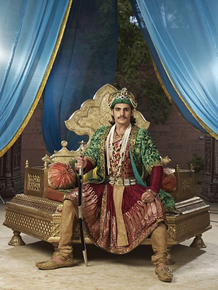 Rajat Tokas as his majesty, Emperor Akbar