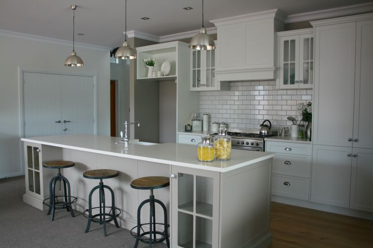 French Country kitchen by Huntly Joinery