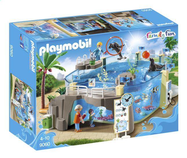 Vul je zee aquarium (9060) met water en kijk hoe de zeeleeuwen van Playmobil Family Fun leven.