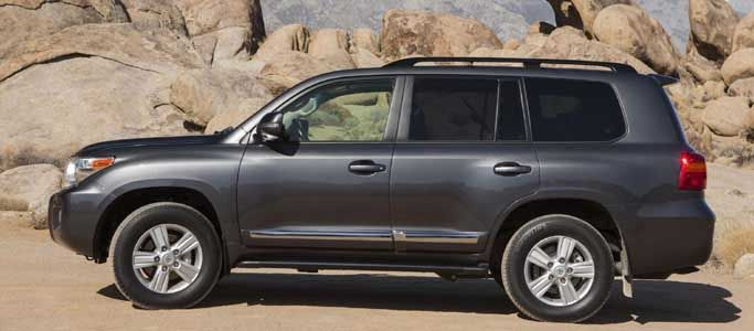 Buy used Land Cruiser Car in very cheap rate @ Rs.8500000 from Big boy toyz. Refer @ http://bigboytoyz.co.in/used-land-cruiser-car/