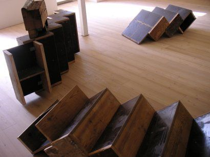 Creative Reuse: Reclaimed Wood Box Stairs