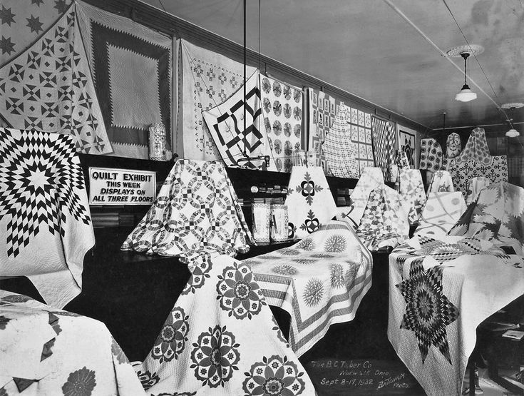Shorpy Historic Picture Archive :: Quilt Exhibit: 1932 high-resolution photo