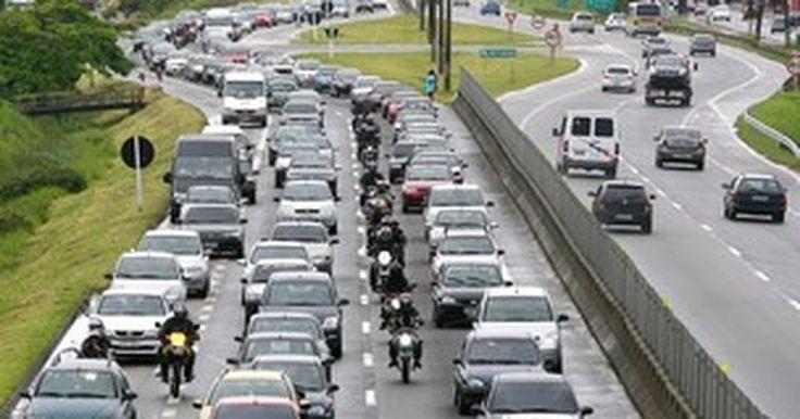 Frota de veículos cresce 119% em dez anos no Brasil, aponta Denatran