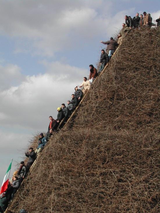 """Massive Bonfire Pyramid""..in other words, the Focara of Novoli, Le, Puglia!"