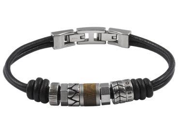 JOYAS PARA HOMBRE Las joyas para hombre son cada vez complementos más buscados. #Fossil tiene una gran variedad de joyería en acero para ellos, como esta pulsera de cuero y acero; un diseño moderno y juvenil: http://www.todo-relojes.com/detalle_complemento.asp?codigo=7732 #joyashombre #joyasacero