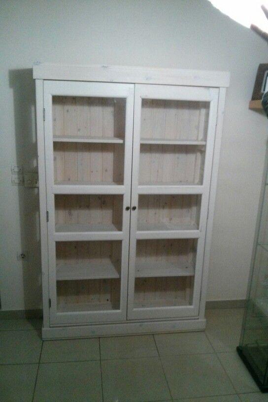 Βιτρινα ξυλινη