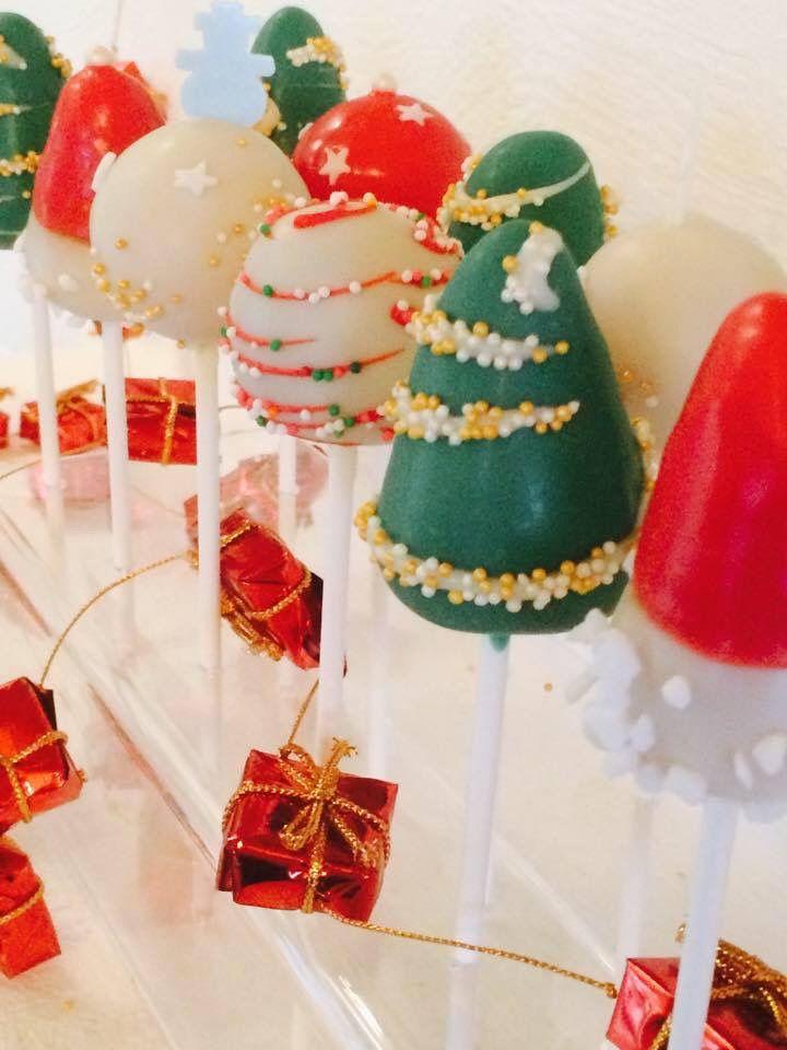 Marry Christmas Cake Pops