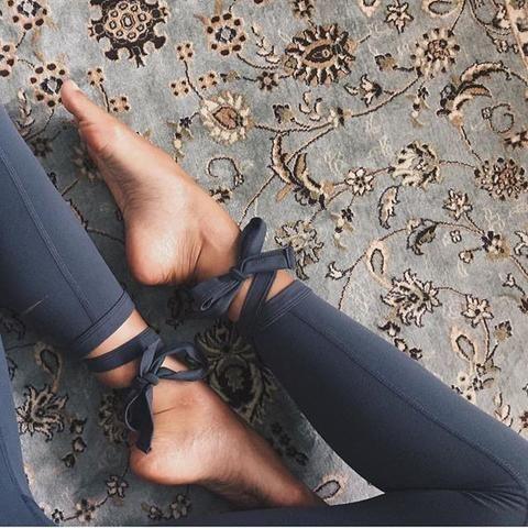 ANA HEART Moss Ballet Legging - Carbon