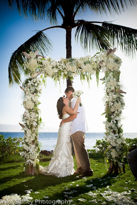 10 best images about 2 post wedding arches on pinterest tulle fabric maui beach and arches. Black Bedroom Furniture Sets. Home Design Ideas