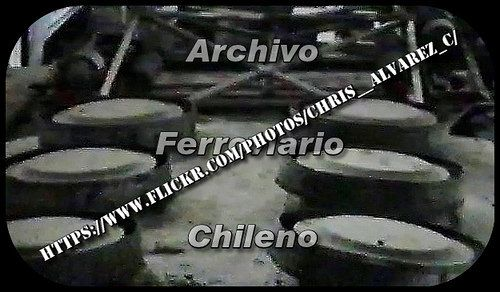 https://flic.kr/p/rkExns   Electric Boxcab Locomotive roof, Chilean Railways   An unusual view of the upper  air intakes of  Heavy Electric  Boxcab Locomotive Baldwin Westinghouse class 28, located just over  internal  resistors bank.  Other   vital elements such as air cylinders, pantograph  and  electrical breaker  are also observed.