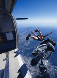 "HowStuffWorks ""Skydiving Pictures"""
