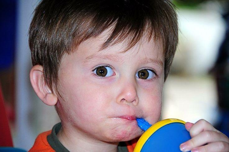 Qué es y cómo usar la psicología inversa con los niños