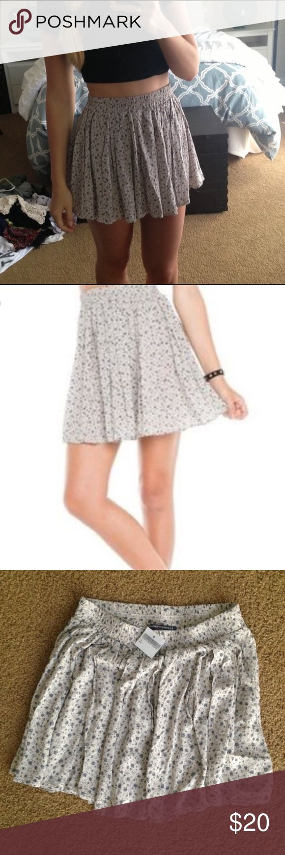 Brandy Melville Floral Skirt This skirt is not in stores/online anymore! Will leave for college on the 17th so make offers now! Willing to negotiate. Brandy Melville Skirts Circle & Skater