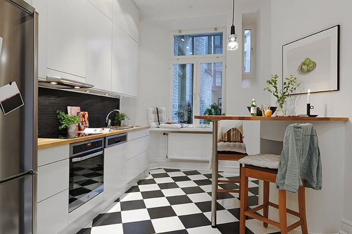 Beautiful! Small space used well. Love the angled tile floor.