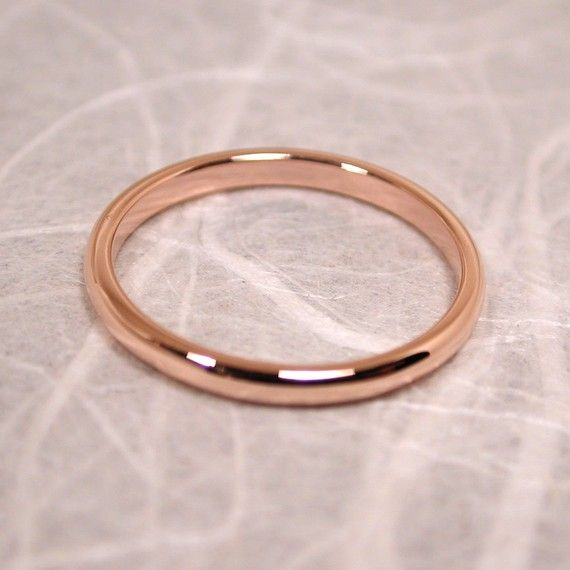 Romantic 14k Rose Gold Ring 2mm Wedding Band Size 6 by SARANTOS