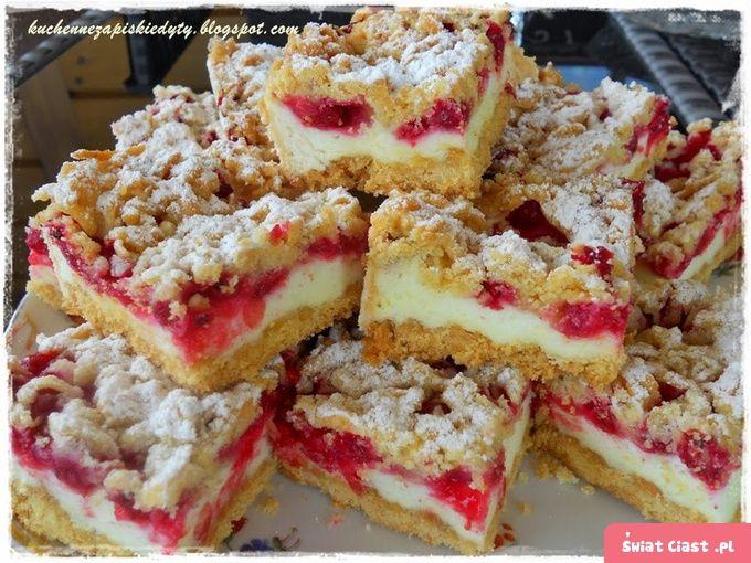 http://swiatciast.pl/17372,ciasto-budyniowe-z-pianka-i-porzeczkami.html