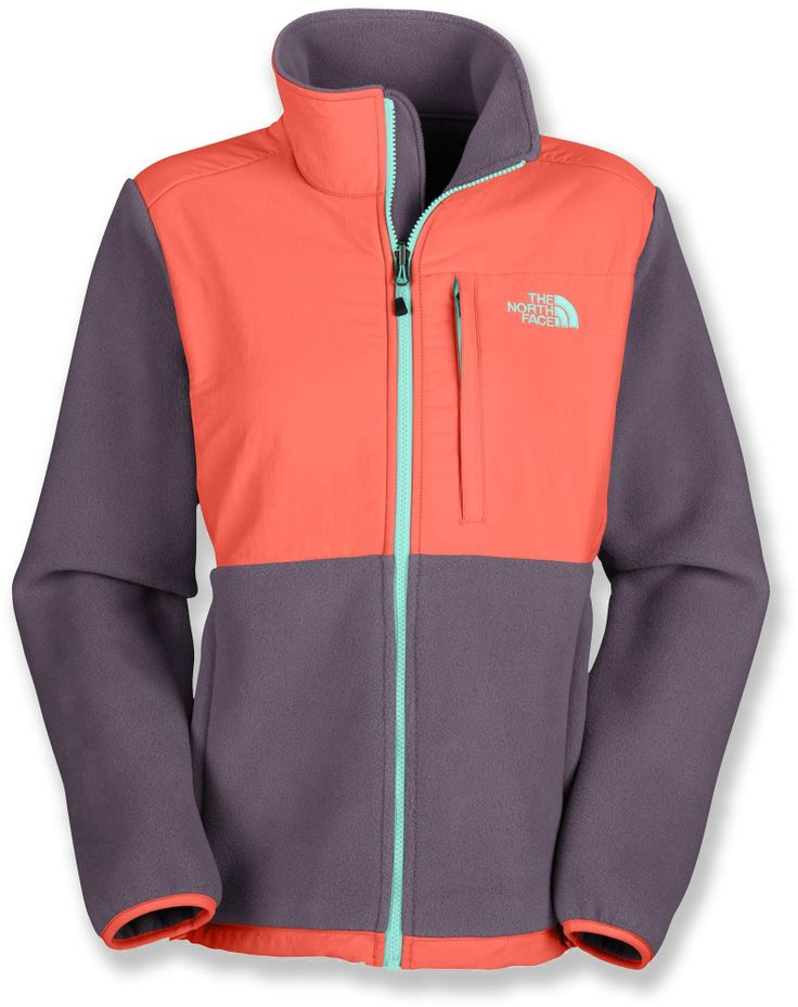 The North Face Denali Jacket is a straightforward, comfortable all-around jacket for winter climates. #REIGifts