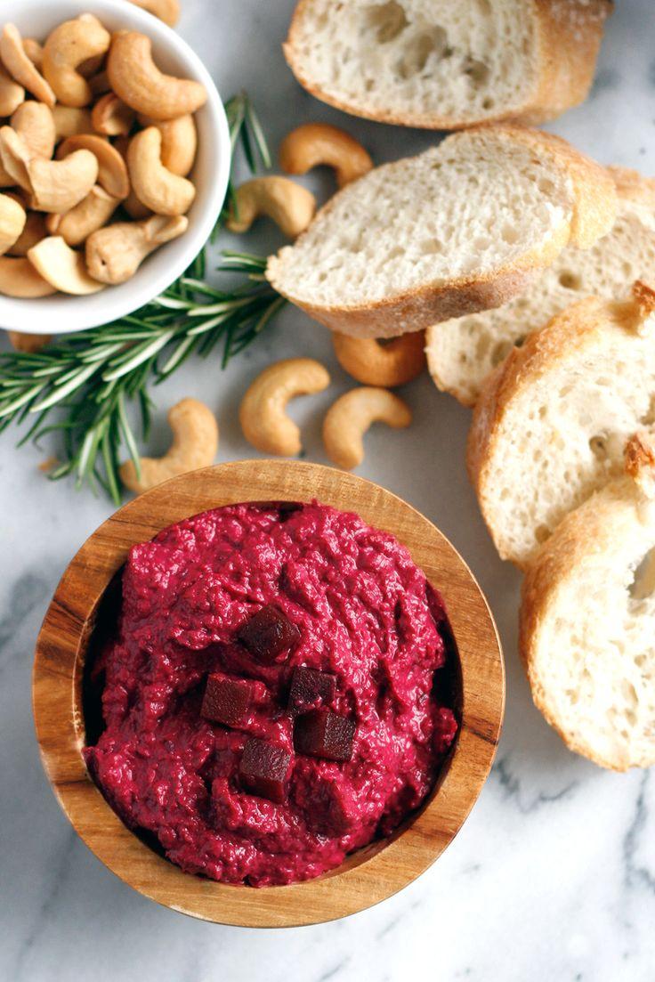 Roasted Beet Hummus // vegan, vegetarian, side, snack, lunch, easy