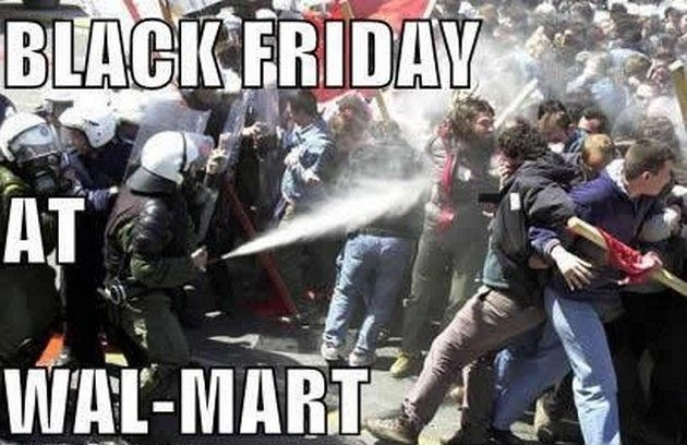 The Funniest Black Friday Pictures On The Web – 18 Pics
